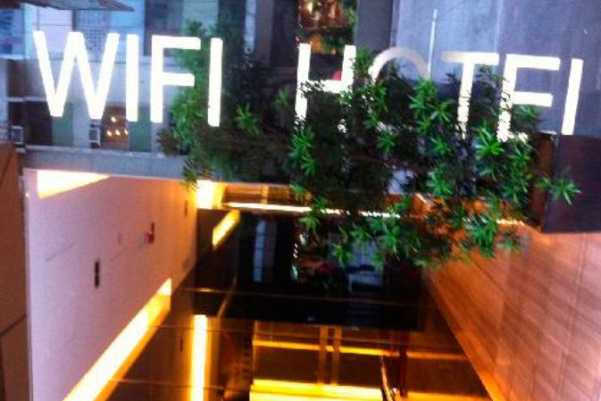 servizio-Sistemi-Wireless-HotSpot-Social-WiFi